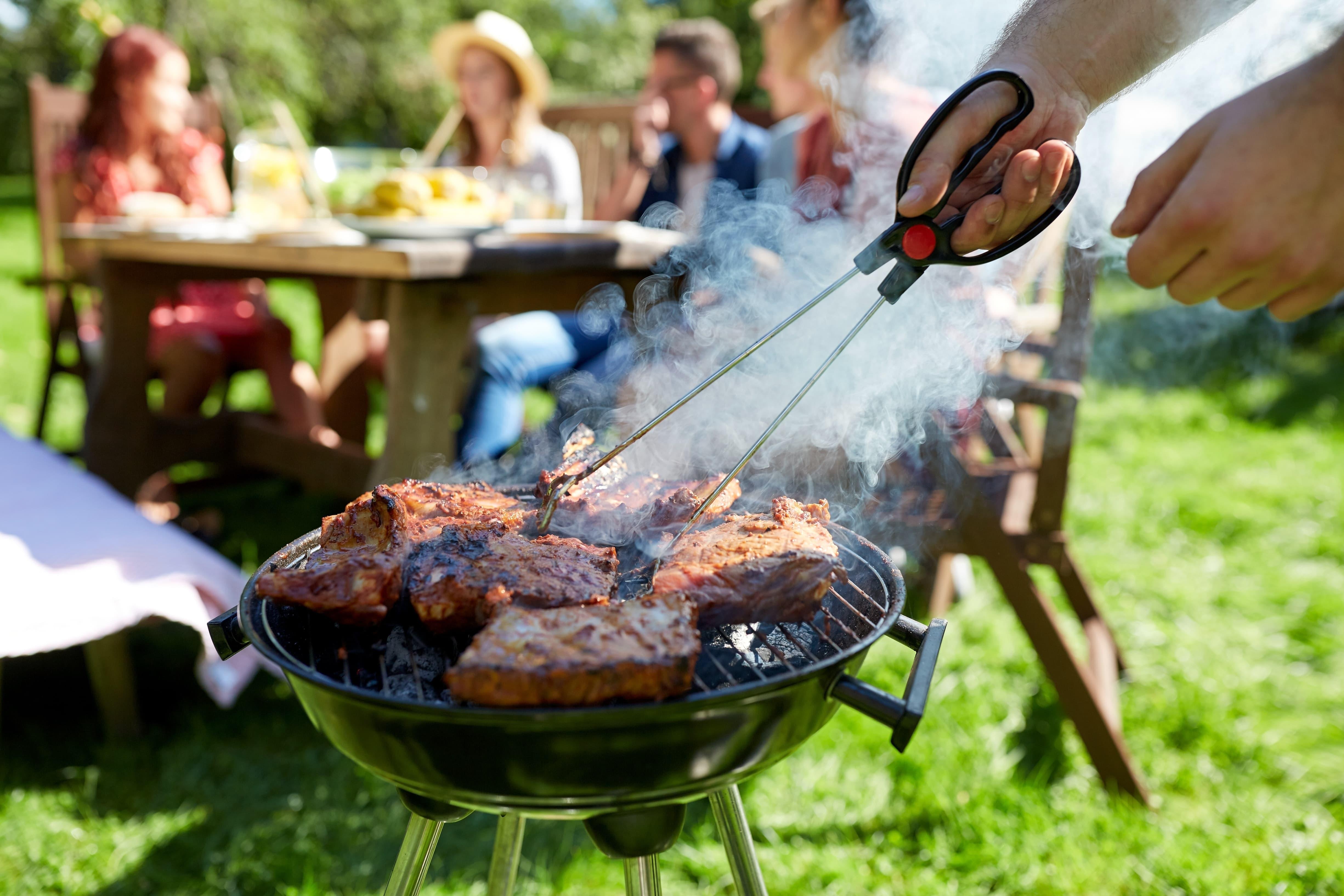 Gas Oder Holzkohlegrill Unterschied : Start der grillsaison gas elektro oder holzkohlegrill?