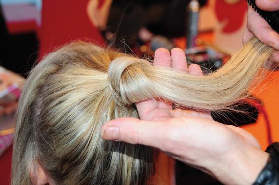 Haarstyling – raffiniert & lässig im Sommer