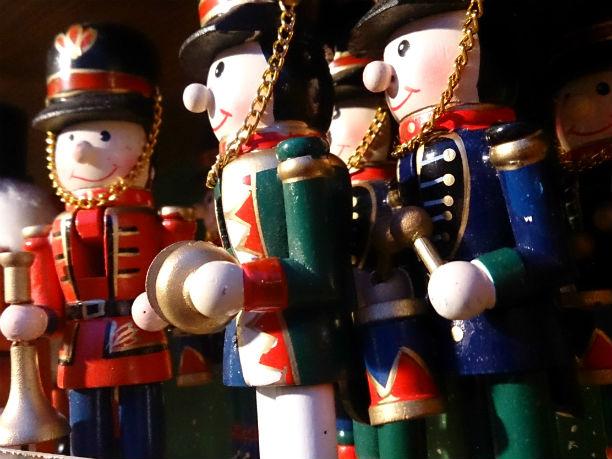 Handwerkskunst auf dem Weihnachtsmarkt der Festung Hohensalzburg