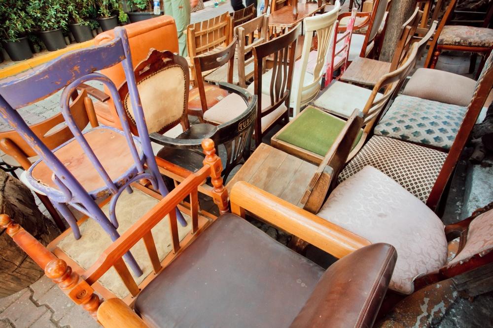 Alte Möbel am Flohmarkt verkaufen
